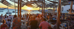 Cafe_Del_Mar_Anniversary_essentialIbiza2016_by_Andrei_Oprescu_feature2-300x117 - Café del Mar