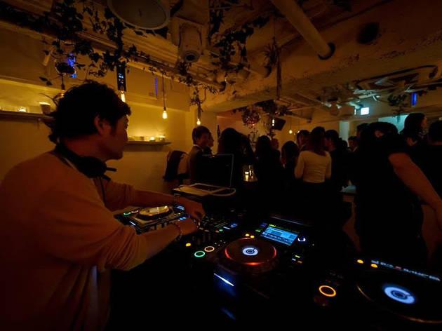 bpm-music-bar-tokyo