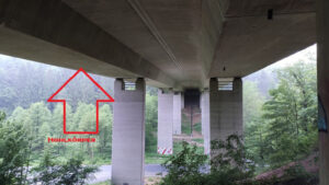 A4-1-300x169 - Illegal party in the hollow body of a bridge of the A4 - police assume more than 100 participants
